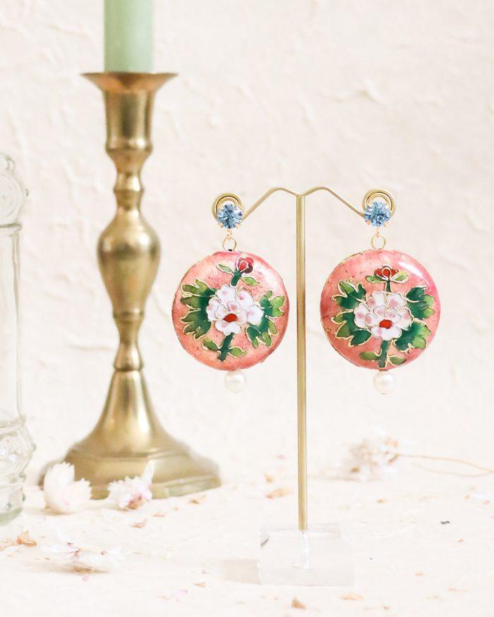 je suis flore, floral oorbellen, roze oorbellen